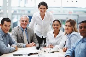 Mitarbeiter finden und halten; Gelebtes Leitbild und konstruktive Organisations-Kultur für Ihre Ziele